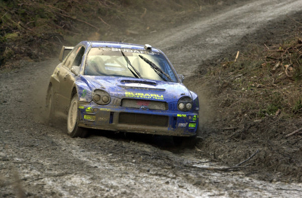 2002 World Rally Championship.Network Q Rally of Great Britain, Cardiff. November 14-17. Petter Solberg in the mud on Stage 5.Photo: Ralph Hardwick/LAT