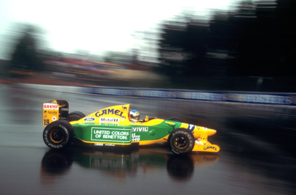 1992 Belgian Grand Prix.Spa-Francorchamps, Belgium.28-30 August 1992.Michael Schumacher (Benetton B192 Ford) 1st position. His maiden Grand Prix win.World Copyright: LAT Photographic
