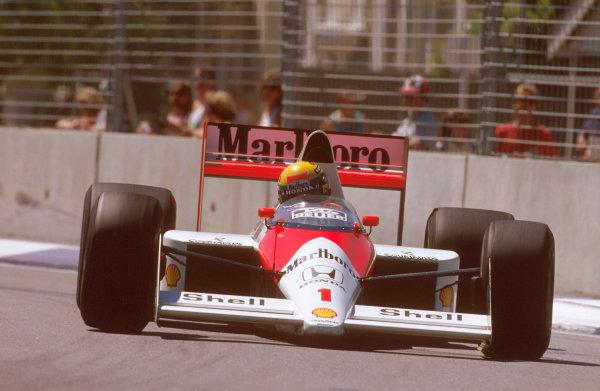 Adelaide, Australia.3-5 November 1989.Ayrton Senna (McLaren MP4/5 Honda) exited the race after he crashed into the back of Martin Brundle's car.Ref-89 AUS 02.World Copyright - LAT Photographic