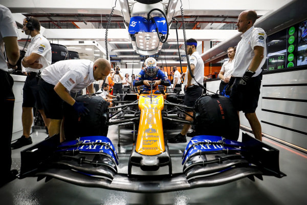 Carlos Sainz Jr., McLaren MCL34 in the garage