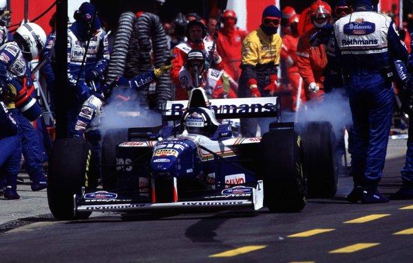 1996 San Marino Grand Prix.Imola, Italy.3-5 May 1996.Damon Hill (Williams FW18 Renault) 1st position.World Copyright - LAT Photographic