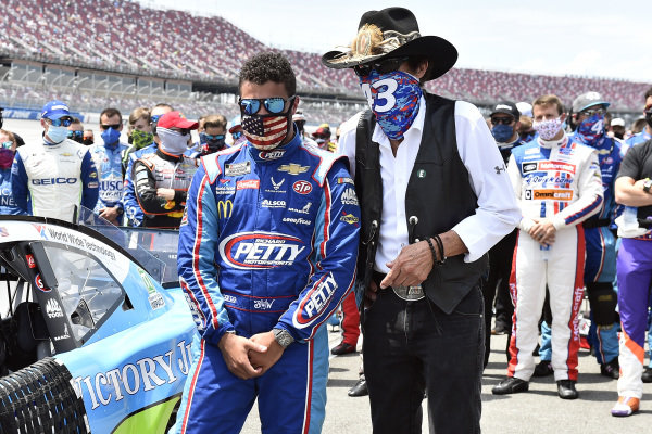 #43: Darrell Wallace Jr., Richard Petty Motorsports, Chevrolet Camaro Victory Junction and Richard Petty