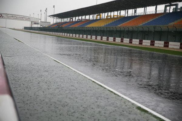 Start, finish straight under the rain.