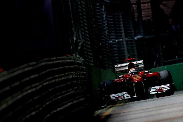 Marina Bay Circuit, Singapore.24th September 2011.Fernando Alonso, Ferrari 150° Italia. Action. World Copyright:Glenn Dunbar/LAT Photographicref: Digital Image _G7C6556
