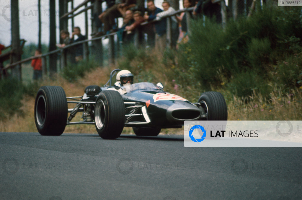 Nurburgring, Germany.  Alan Rees (Brabham BT23 Ford) 7th position.  Ref: 67GER24. World Copyright: LAT Photographic