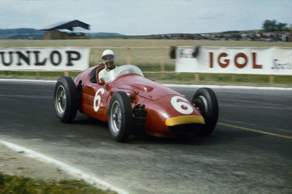 Reims, France. 1st July 1956. Stirling Moss (Maserati 250F) 5th position, shared with Cesare Perdisa, action.World Copyright: LAT Photographic.Ref: 56 FRA 04.