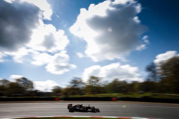 Brands Hatch, Kent, UK. Monday 27 April 2015. Romain Grosjean, Lotus E23 Mercedes on track. World Copyright: Glenn Dunbar/LAT Photographic. ref: Digital Image _W2Q0388