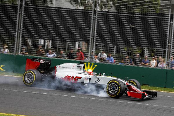Esteban Gutierrez (MEX) Haas F1 Team VF16 locks up at Formula One World Championship, Rd1, Australian Grand Prix, Qualifying, Albert Park, Melbourne, Australia, Saturday 19 March 2016.