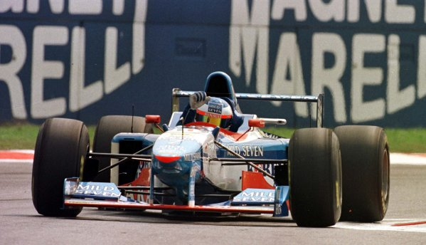 1997 Italian Grand Prix.Monza, Italy.5-7 September 1997.Jean Alesi (Benetton B197 Renault) after qualifying on pole position.World Copyright - Elford/LAT Photographic