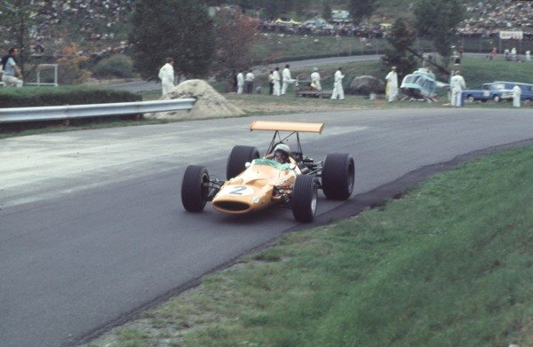 1968 Canadian Grand Prix.Mont-Tremblant, (St. Jovite), Quebec, Canada.20-22 September 1968.Bruce McLaren (McLaren M7A Ford) 2nd position.Ref-68 CAN 22.World Copyright - LAT Photographic
