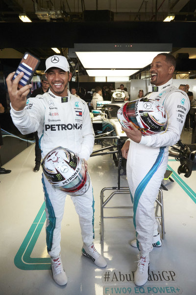 Lewis Hamilton, Mercedes AMG F1 takes a selfie with Will Smith in the garage