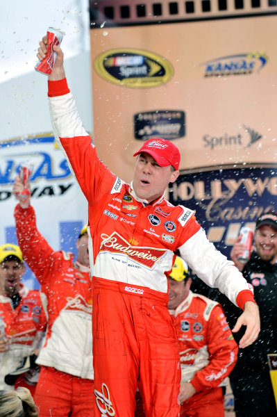 4-6 October, 2013, Kansas City, Kansas USA Kevin Harvick celebrates his win in Victory Lane ©2013, Nigel Kinrade LAT Photo USA