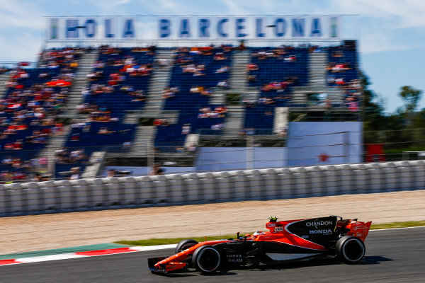 Circuit de Catalunya, Barcelona, Spain. Saturday 13 May 2017. Stoffel Vandoorne, McLaren MCL32 Honda.  World Copyright: Andy Hone/LAT Images ref: Digital Image _ONZ4874