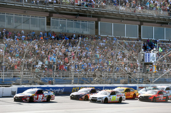 Monster Energy NASCAR Cup Series GEICO 500 Talladega Superspeedway, Talladega, AL USA Sunday 7 May 2017 Kyle Busch, Joe Gibbs Racing, Skittles Red, White, & Blue Toyota Camry and Chase Elliott, Hendrick Motorsports, Hooters Chevrolet SS World Copyright: Nigel Kinrade LAT Images ref: Digital Image 17TAL1nk07117