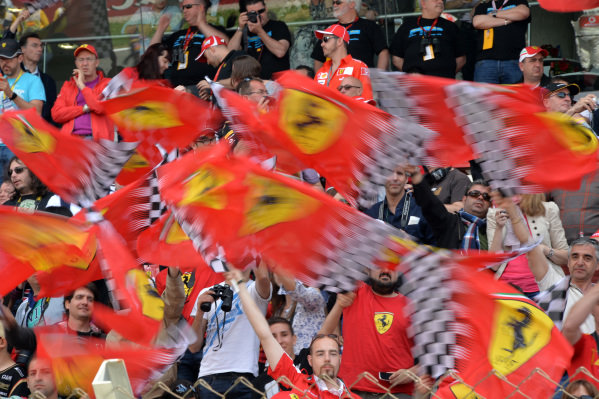 Ferrari fans and flags. Formula One World Championship, Rd5, Spanish Grand Prix, Race Day, Barcelona, Spain, Sunday 12 May 2013.  BEST IMAGE