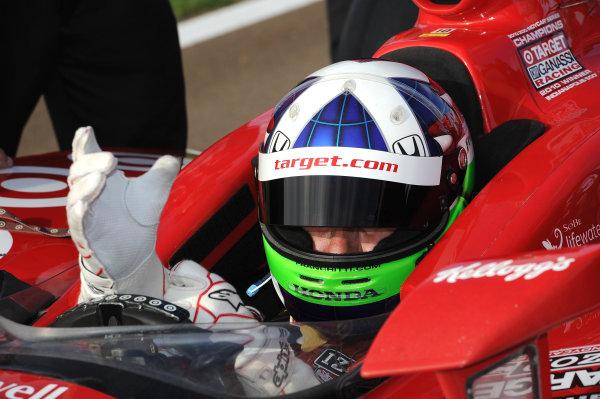 Dario Franchitti (GBR) Target Chip Ganassi Racing. IndyCar Series, Rd17, Las Vegas Indy 300, Las Vegas Motor Speedway, Las Vegas, USA, 15-16 October 2011.