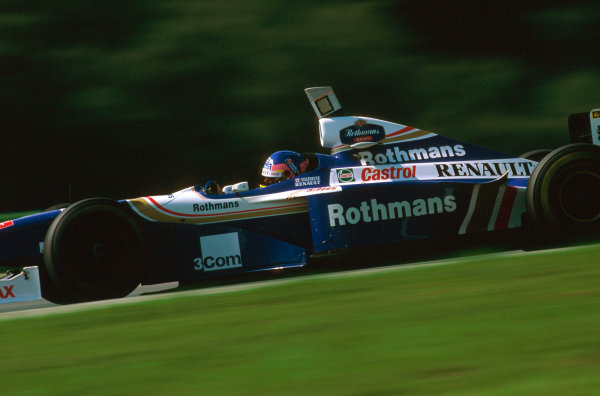 A1-Ring, Zeltweg, Austria.19-21 September 1997.Jacques Villeneuve (Williams FW19 Renault) 1st position.Ref-97 ITA 05.World Copyright - LAT Photographic