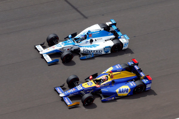 Verizon IndyCar Series Indianapolis 500 Race Indianapolis Motor Speedway, Indianapolis, IN USA Sunday 28 May 2017 Alexander Rossi, Andretti Herta Autosport with Curb-Agajanian Honda and Marco Andretti, Andretti Autosport with Yarrow Honda World Copyright: Russell LaBounty LAT Images