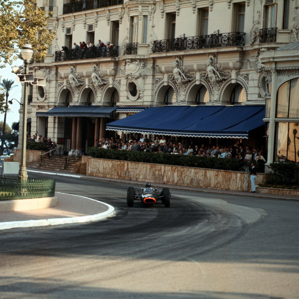 Monte Carlo, Monaco. 19-22 May 1966.Graham Hill (BRM P261) 3rd position.Ref-3/2091.World Copyright - LAT Photographic