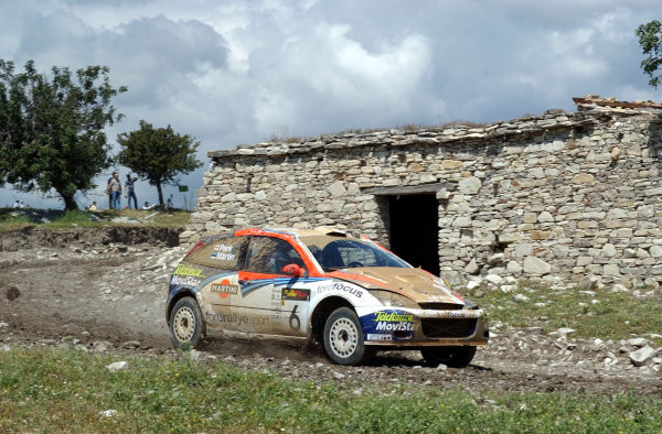World Rally Championship, Cyprus Rally, April 18-21, 2002.Markko Martin in action on Stage 17, Leg 3 after a roll and power steering failure.Photo: Ralph Hardwick/LAT
