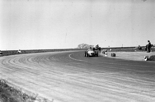 Fred Ashmore, Maserati 4CLT/48, leads Bob Gerard, ERA B.