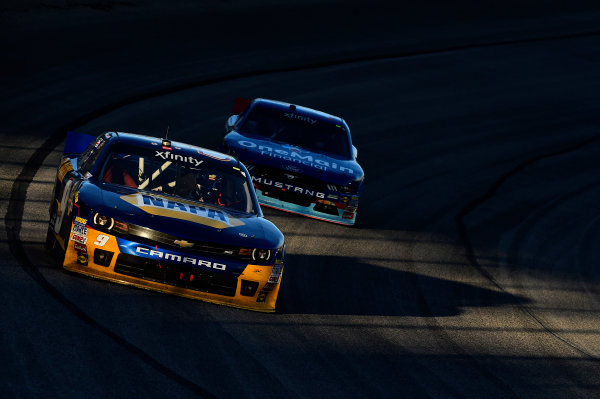6-7 November, 2015, Fort Worth, Texas USA Chase Elliott (9), Elliott Sadler (1) ?2015, John Harrelson / LAT Photo USA