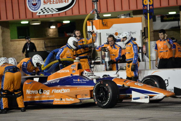 Charlie Kimball (USA) Novo Nordisk Chip Ganassi Racing makes a pit stop.Izod Indycar Series, Rd16, MAVTV American Real 500, Fontana, USA, 18-19 October 2013.