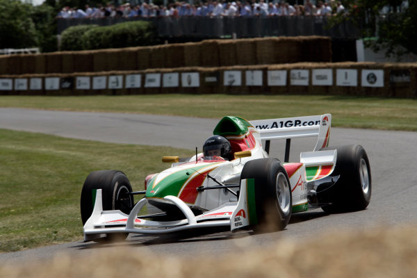2005 Goodwood Festival of SpeedGoodwood Estate, West Sussex. 24th - 26th June Racing for Portugal A1GP car. Action World Copyright: Gary Hawkins/LAT Photographicref: Digital Image Only