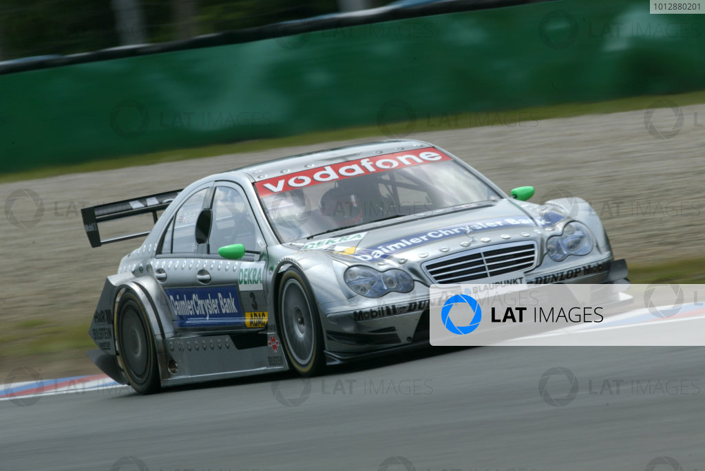 2005 DTM (German Touring Car) ChampionshipBrno, Czech Republic 4-5th June 2005 Gary Paffet (AMG-Mercedes C-Klasse) World Copyright: Andrew Ferraro/LAT Photographic Ref: Digital Image Only.