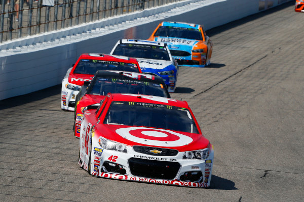Monster Energy NASCAR Cup Series Overton?s 301 New Hampshire Motor Speedway, Loudon, NH USA Sunday 16 July 2017 Kyle Larson, Chip Ganassi Racing, Target Chevrolet SS and Kurt Busch, Stewart-Haas Racing, Haas Automation/Monster Energy Ford Fusion World Copyright: Russell LaBounty LAT Images