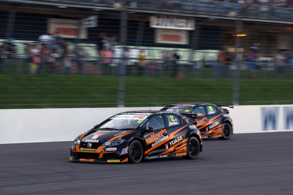 2017 British Touring Car Championship, Rockingham, England. 26th-27th August 2017, Gordon Shedden (GBR) Halfords Yuasa Racing Honda Civic Type R World Copyright. JEP/LAT Images
