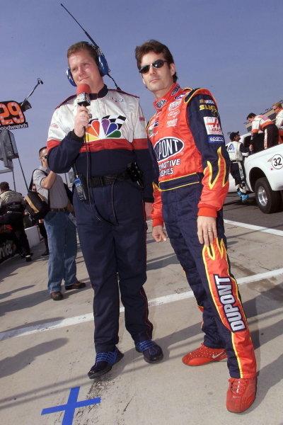Winston Cup Champion Jeff Gordon (USA) is interviewed for NBC.NASCAR Winston Cup Series, NAPA 500, Atlanta, USA, 17 November 2001.DIGITAL IMAGE