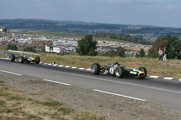 Watkins Glen, New York, USA. 30/9-1/10 1967. Graham Hill leads Jim Clark (both Lotus 49 Ford). Ref: 67 USA 10. World Copyright - LAT Photographic