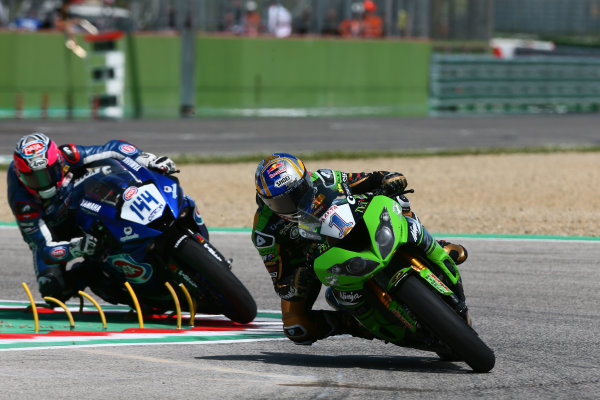 2017 Superbike World Championship - Round 5 Imola, Italy. Sunday 14 May 2017 Kenan Sofuoglu, Kawasaki Puccetti Racing, Lucas Mahias, GRT Yamaha Official WorldSSP Team World Copyright: Gold and Goose Photography/LAT Images ref: Digital Image 18825