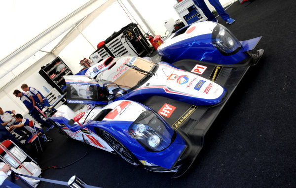 Goodwood Estate, Chichester England 11th - 14th July 2013. Toyota Le Mans Hybrid 013. World Copyright: Jeff Bloxham/LAT Photographic ref: Digital Image DSC_3953