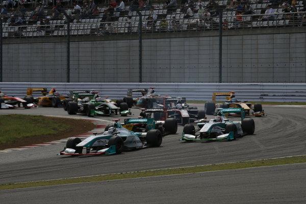 2014 Super Formula Series. Fuji, Japan. 17th - 18th May 2014. Rd 2. Race 2 - Start of the race action World Copyright: Yasushi Ishihara / LAT Photographic. Ref: 2014SF_Rd2_015.JPG