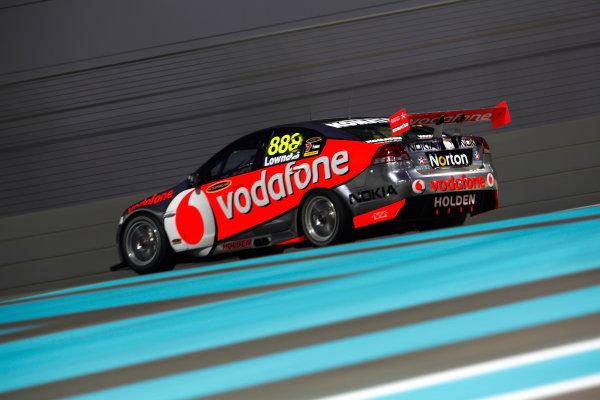 YAS Marina Circuit, Abu Dhabi. 10th -  12h February 2011. Craig Lowndes, (Triple Eight Race Engineering).  Action.  World Copyright: Drew Gibson/LAT Photographicref: Digital Image DG5D7046