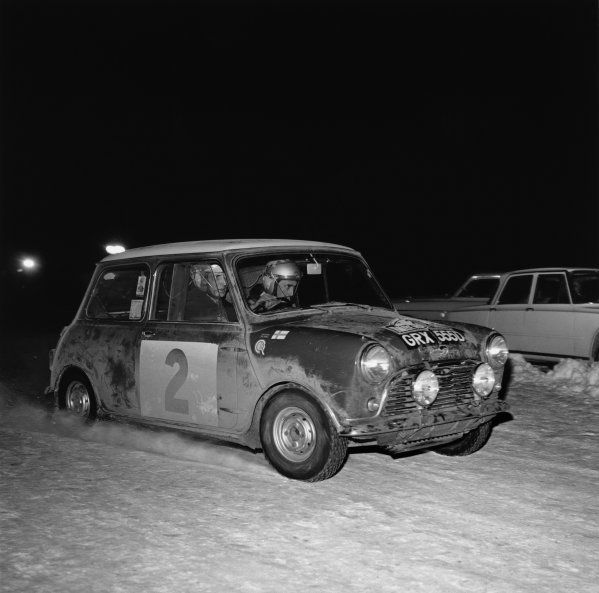Monte Carlo, Monaco. 14th - 21st January 1966. Timo Makinen/Paul Easter, Mini-Cooper S, 1st position overall, but was later disqualified for illegal lights, action.  World Copyright:LAT Photographic. Ref: 31999