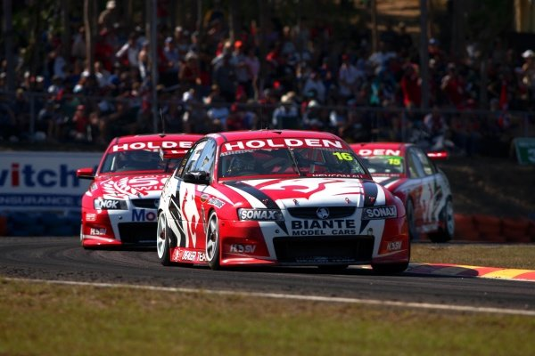 Todd Kelly (AUS) HRT Commodore won his second round in a row when he dominated the 6th rd of the V8s at Darwin's Hidden Valley.