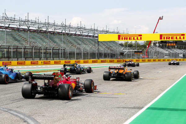 Kimi Raikkonen, Alfa Romeo Racing C41, Sebastian Vettel, Aston Martin AMR21, Lando Norris, McLaren MCL35M, Charles Leclerc, Ferrari SF21, and Fernando Alonso, Alpine A521, practice their starts at the end of FP3