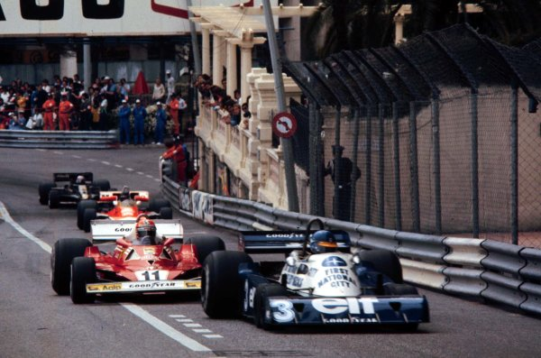1977 Monaco Grand Prix. Monte Carlo, Monaco. 20-22 May 1977. Ronnie Peterson (Tyrrell P34 Ford) leads Niki Lauda (Ferrari 312T2), James Hunt (McLaren M23 Ford) and Mario Andretti (Lotus 78 Ford). Lauda and Andretti finished in 2nd and 5th positions respectively. World Copyright - LAT Photographic Ref: 77MON29