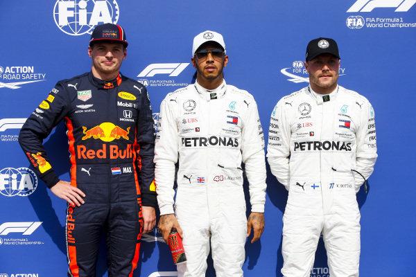 Max Verstappen, Red Bull Racing, Ple Sitter Lewis Hamilton, Mercedes AMG F1 and Valtteri Bottas, Mercedes AMG F1 in Parc Ferme