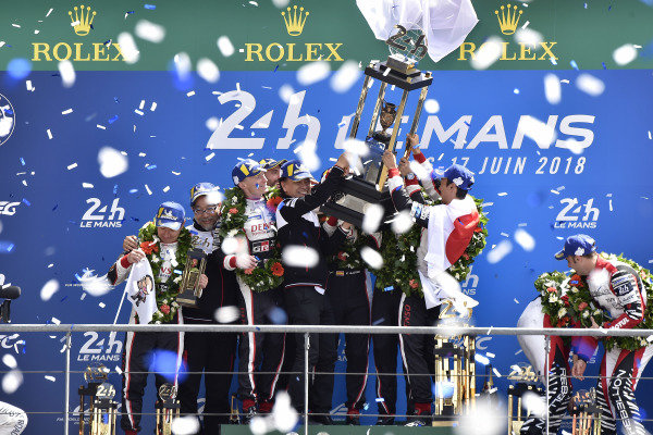 #7 Toyota Gazoo Racing Toyota TS050: Mike Conway, Kamui Kobayashi, Jose Maria Lopez, #8 Toyota Gazoo Racing Toyota TS050: Sébastien Buemi, Kazuki Nakajima, Fernando Alonso, podium, trophy