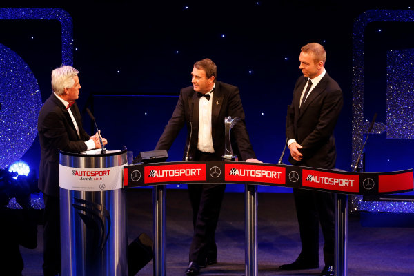 2016 Autosport Awards. Grosvenor House Hotel, Park Lane, London. Sunday 4 December 2016.  Nigel Mansell onstage with Sir Chris Hoy and Steve Rider after receiving the Gregor Grant Award   World Copyright: /LAT Photographic. ref: Digital Image _14P0398