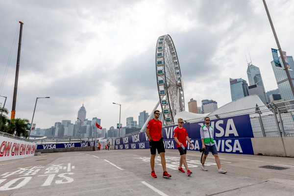 2016/2017 FIA Formula E Championship. Hong Kong ePrix, Hong Kong, China. Saturday 8 October 2016. Felix Rosenqvist (SWE), Mahindra Racing, Spark-Mahindra, Mahindra M3ELECTRO.  Photo: Zak Mauger/LAT/Formula E ref: Digital Image _X0W1473