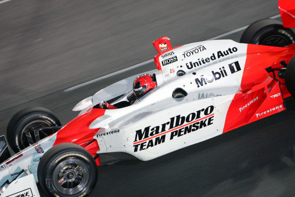 Helio Castroneves (BRA), Marlboro Team Penkse Dallara Toyota, wins the Suntrust Indy 300. IRL IndyCar Series, Rd7, Suntrust Indy 300, Richmond International Raceway, Richmond, Virginia, USA. 24-25 June 2005. DIGITAL IMAGE