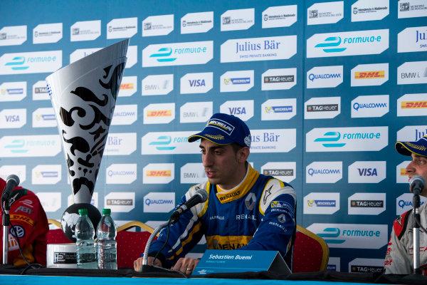 2015/2016 FIA Formula E Championship. Punta del Este ePrix, Punta del Este, Uruguay. Saturday 19 December 2015. Sebastien Buemi (SUI), Renault e.Dams Z.E.15. Photo: Zak Mauger/LAT/Formula E ref: Digital Image _L0U9165