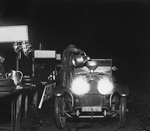 1923 Le Mans 24 hours. Le Mans, France. 26th - 27th May 1923. A La Lorraine-Dietrich B3-6 has a pit stop at night, action.  World Copyright: LAT Photographic.  Ref:  B/W Print.