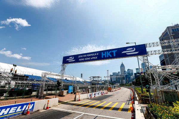 2016/2017 FIA Formula E Championship. Hong Kong ePrix, Hong Kong, China. Thursday 6 October 2016. A view of the start/finish straight. Photo: Zak Mauger/LAT/Formula E ref: Digital Image _X0W1007