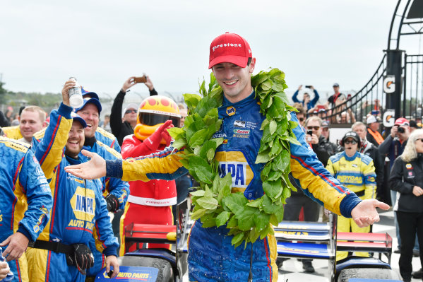 Verizon IndyCar Series IndyCar Grand Prix at the Glen Watkins Glen International, Watkins Glen, NY USA Sunday 3 September 2017 Alexander Rossi, Curb Andretti Herta Autosport with Curb-Agajanian Honda celebrates the win with team in victory lane. World Copyright: Scott R LePage LAT Images ref: Digital Image lepage-170903-wg-7892